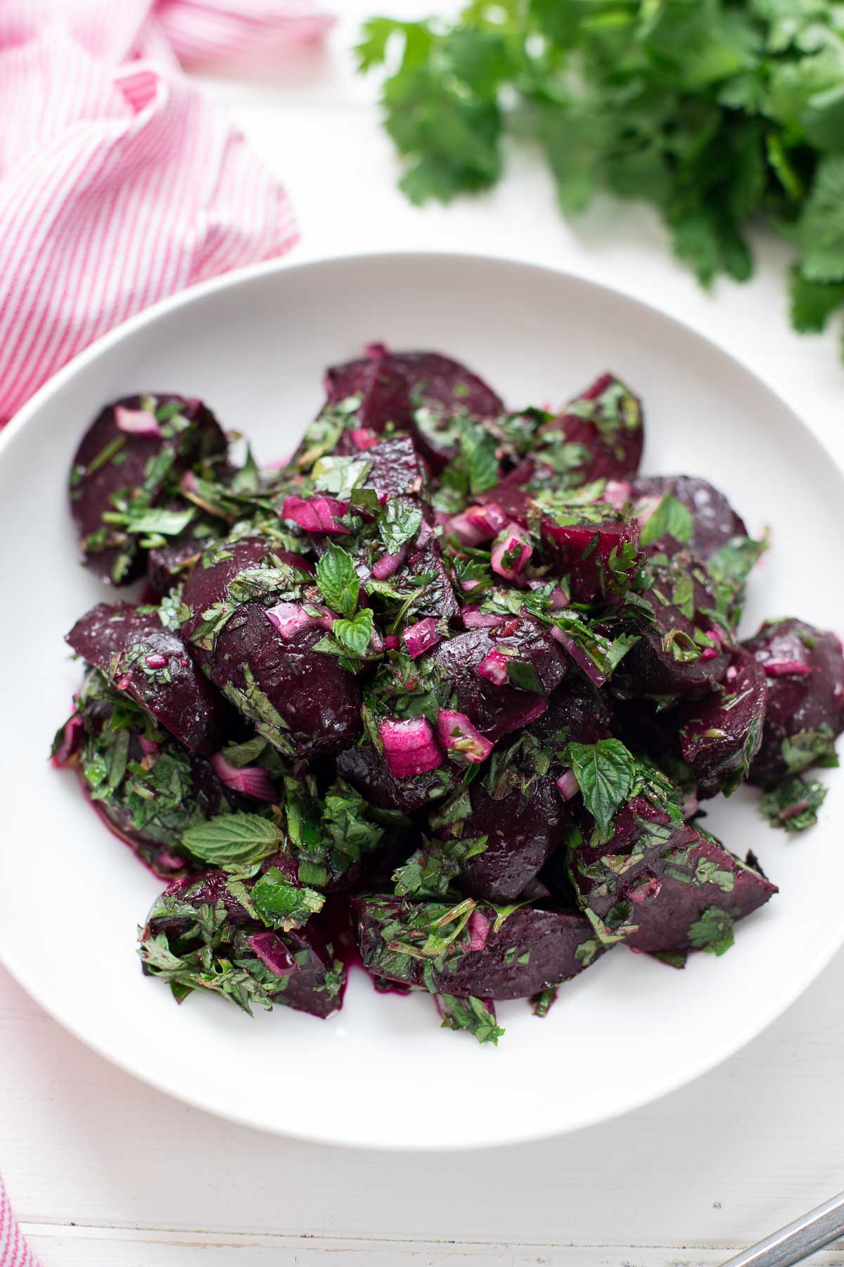 This simple simple beetroot salad with fresh parsley, cilantro and mint