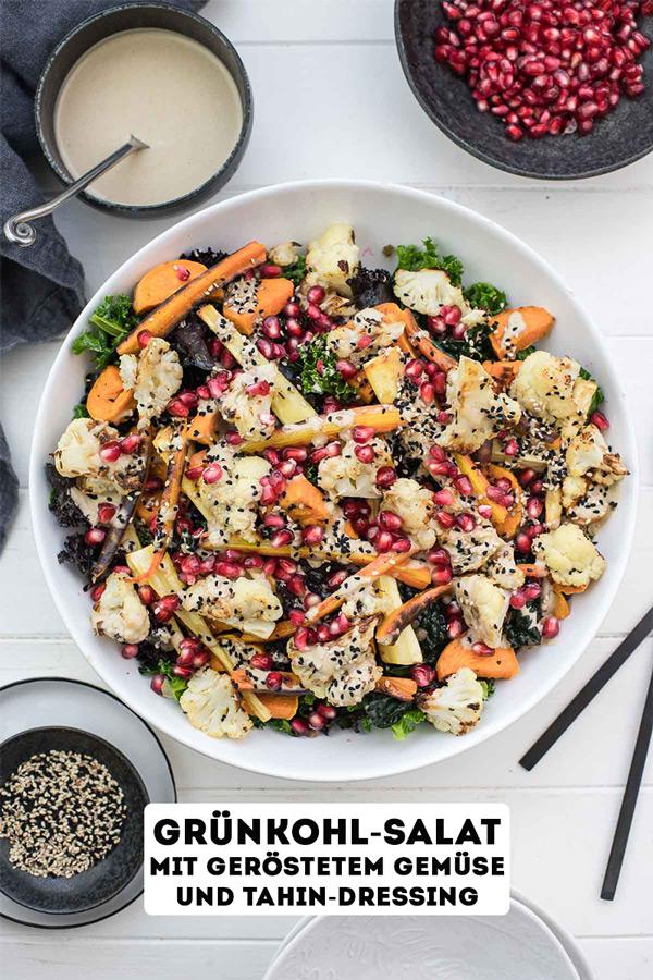 Grünkohl-Salat mit geröstetem Gemüse und Tahin-Dressing Rezept