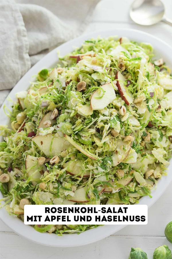 Rohe Rosenkohl-Salat mit Apfel und Haselnuss Rezept