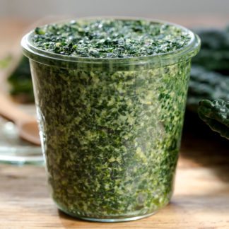 Beste Schwarzkohl Pesto - schnell, einfach, lecker!