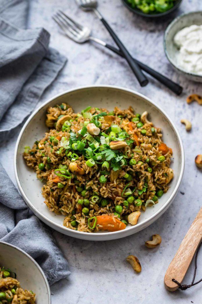 Curry Reis mit Gemüse, Indischer Reis vegetarisch Rezept