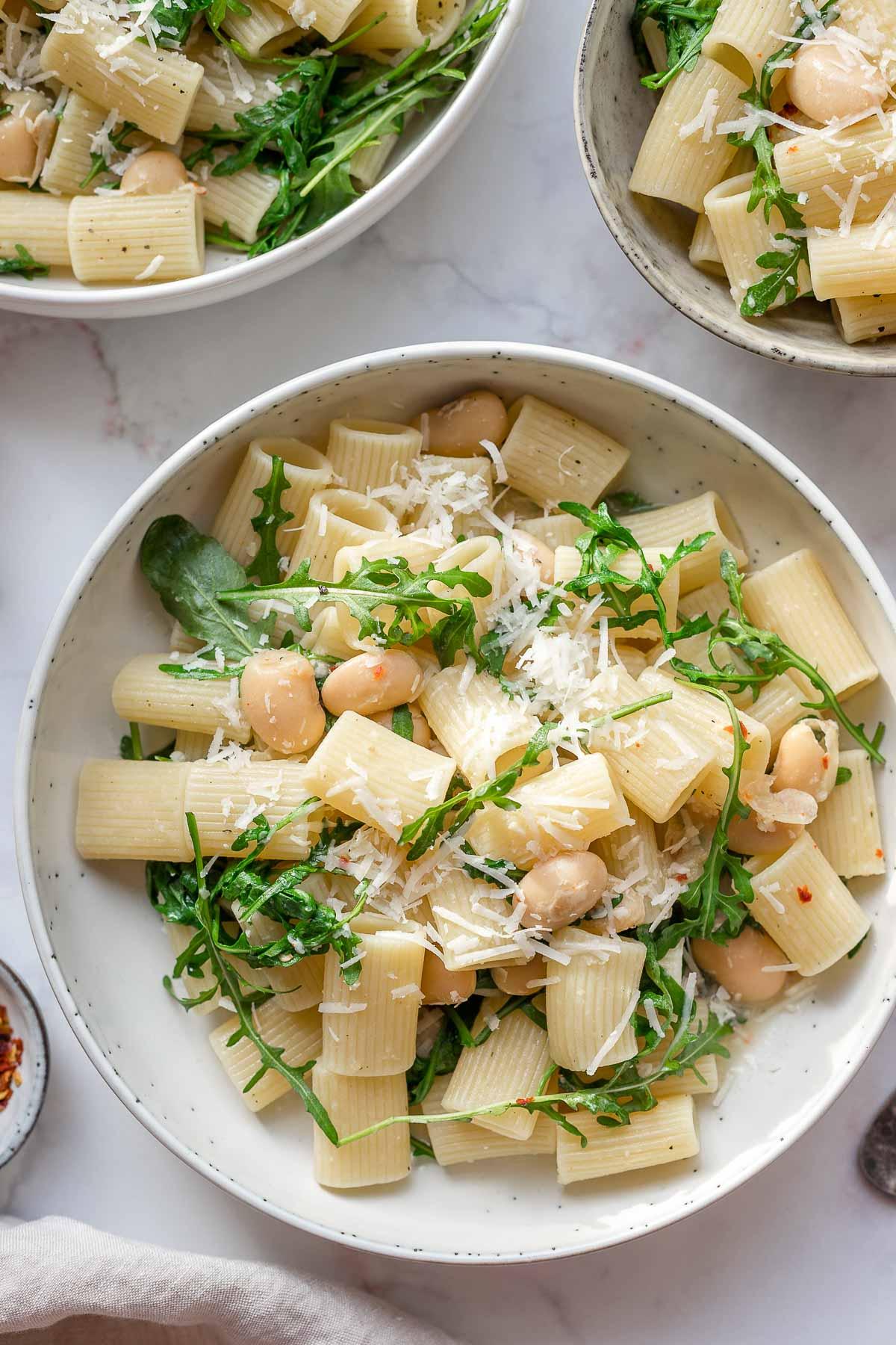 Pasta with White Beans, Arugula and Lemon