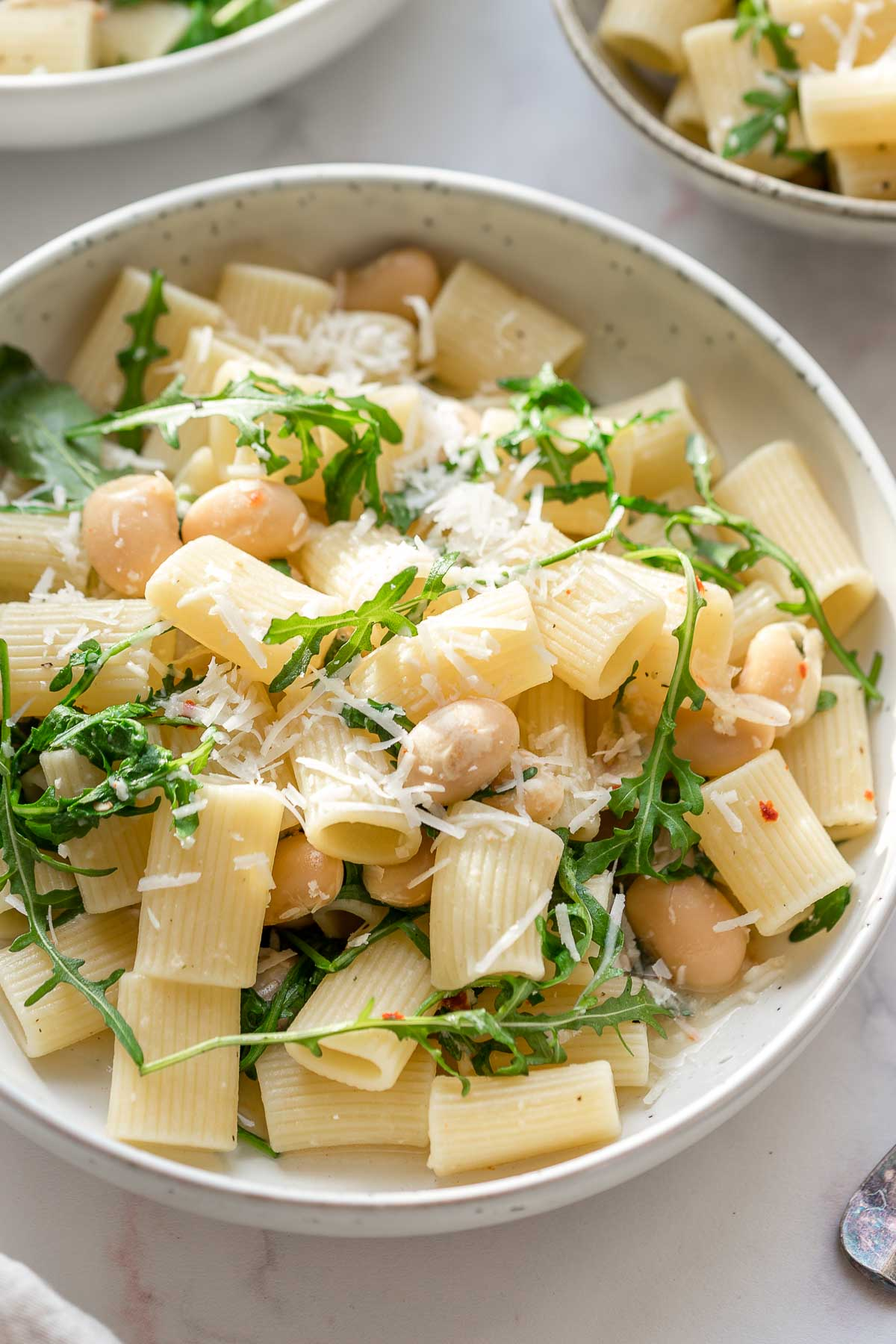 Pasta with White Beans, Arugula and Lemon