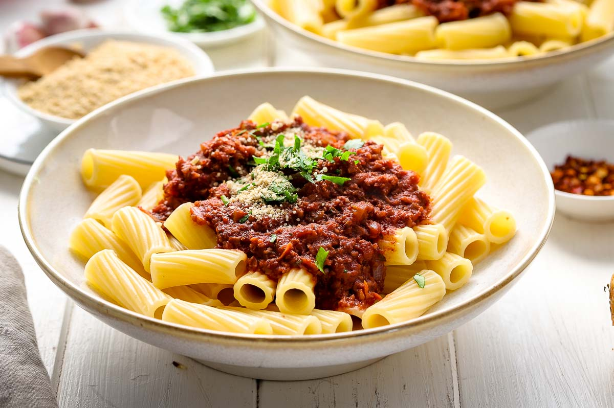 Vegan Bolognese Sauce (with Cauliflower & Walnut)