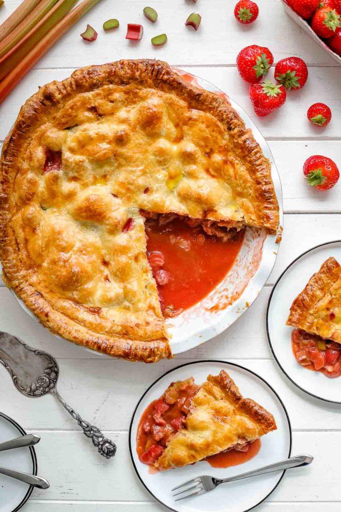 Erdbeer Rhabarber Tarte Pie Rezept