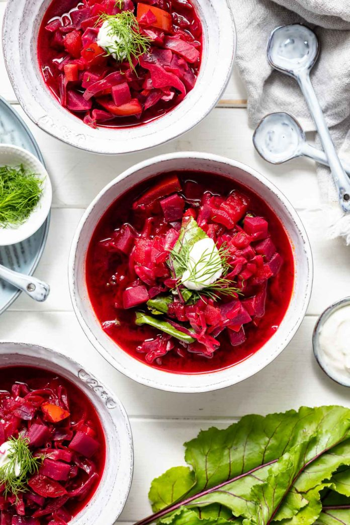 Vegetarischer Borschtsch (Rote-Bete-Suppe)