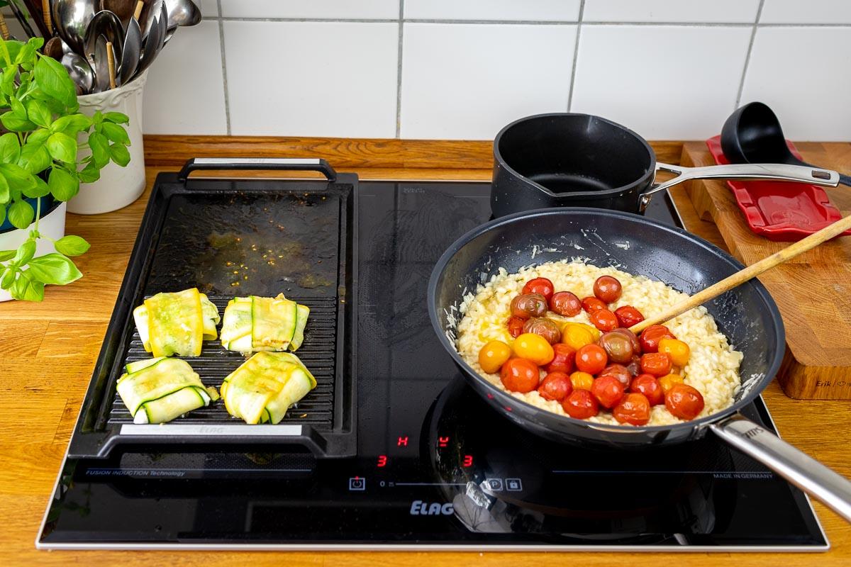 Risotto kochen auf dem ELAG 4-Zonen Induktionskochfeld mit Grillplatte