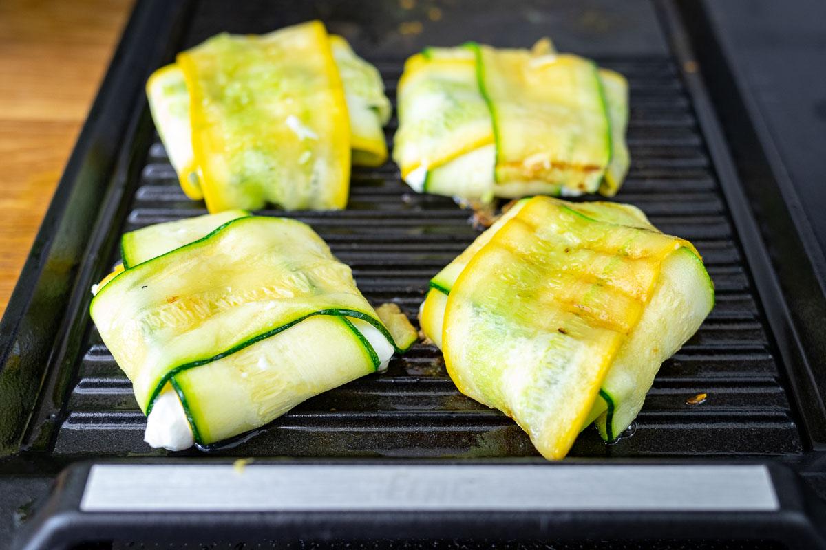 Zucchini-Ziegenkäse-Päckchen