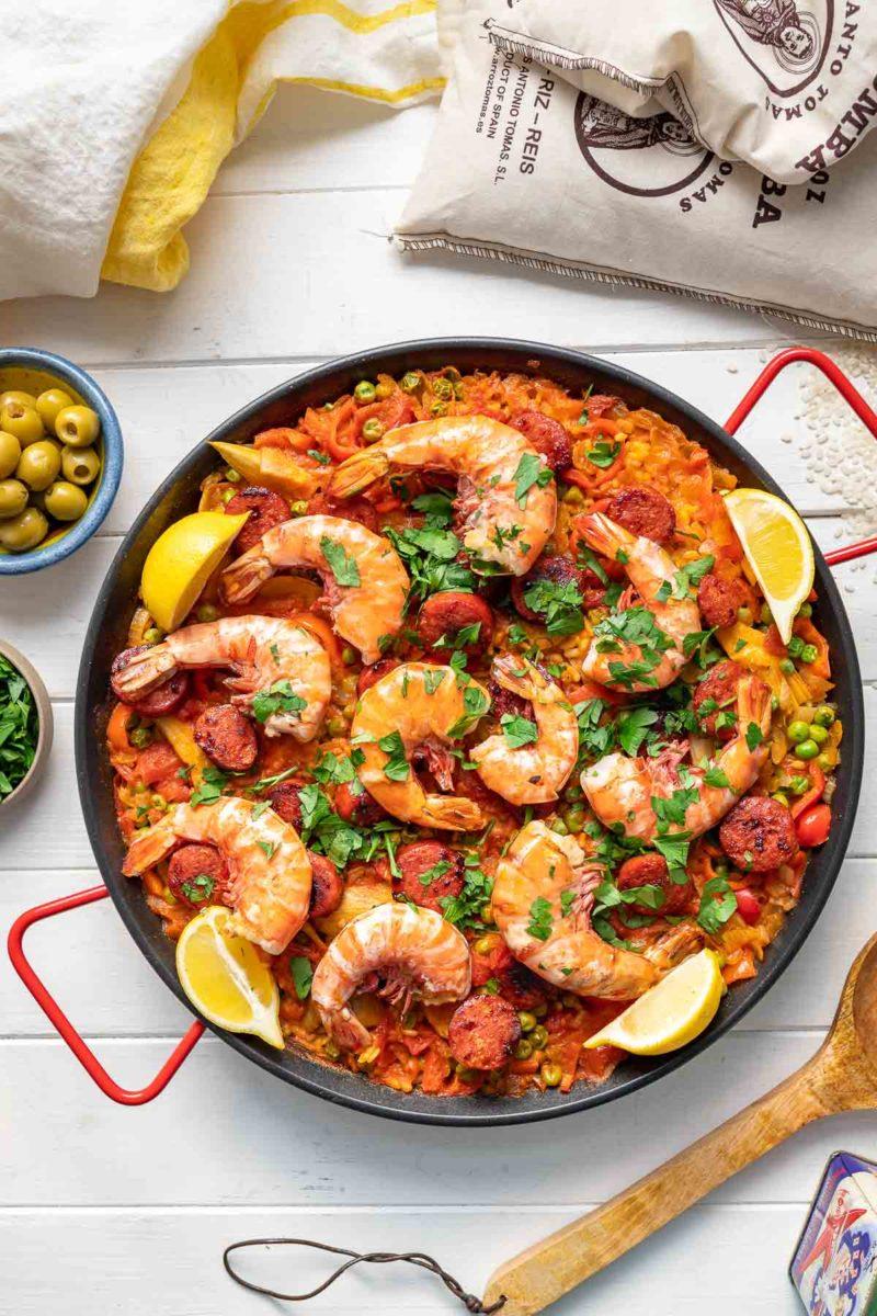 Paella mit Garnelen und Chorizo; Kochfeld Rezept