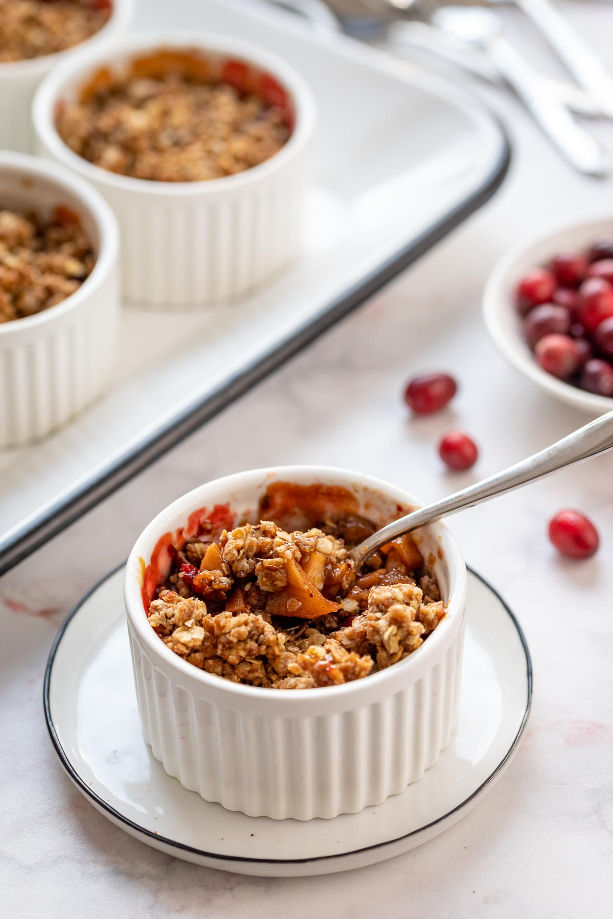 Apfel-Crumble mit Cranberries
