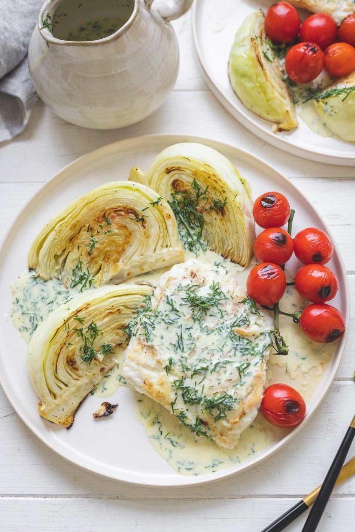Gegrillter Lengfisch & Kohl mit Buttermilch-Senf-Dill-Soße