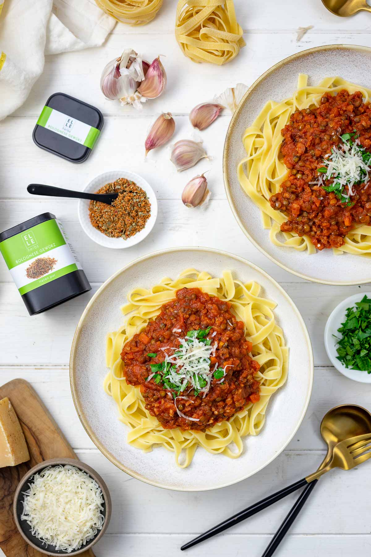 Bolognese with Lentils and Salsiccia Elle Herbs Bolognese Gewürzmischung