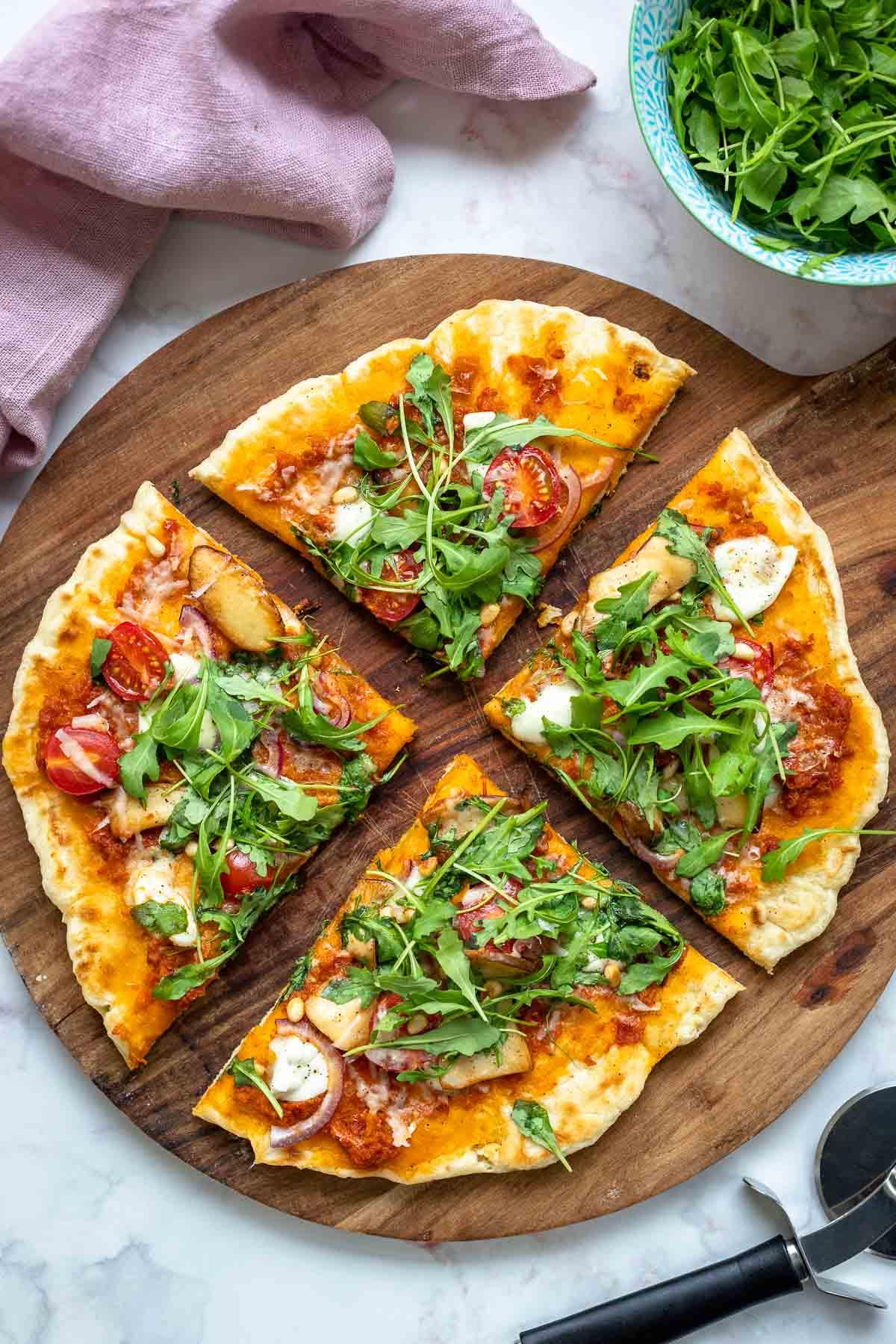 Pizzateig für dünne knusprige Pizza vom Grill