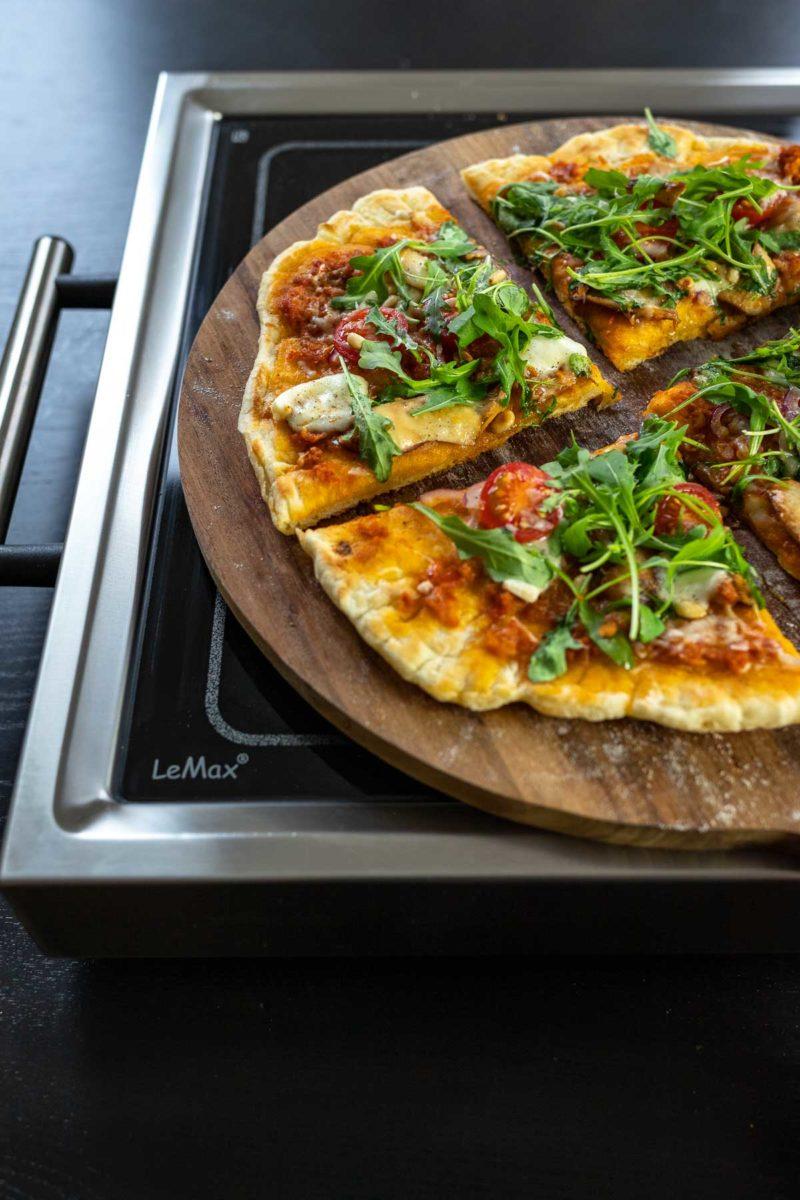 Pizza Grillen: Pizza Grillen mit dem LeMax Elektrogrill