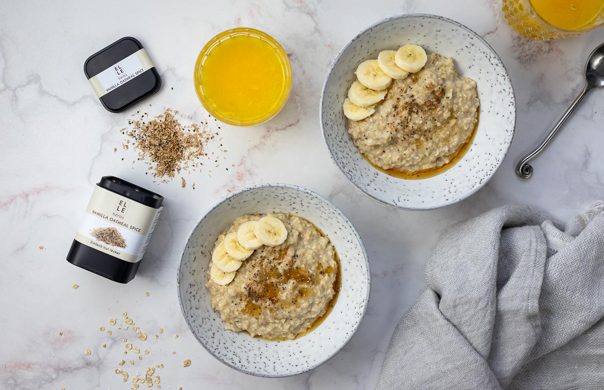 Oatmeal Porridge mit Banana Elle Herbs Rezept