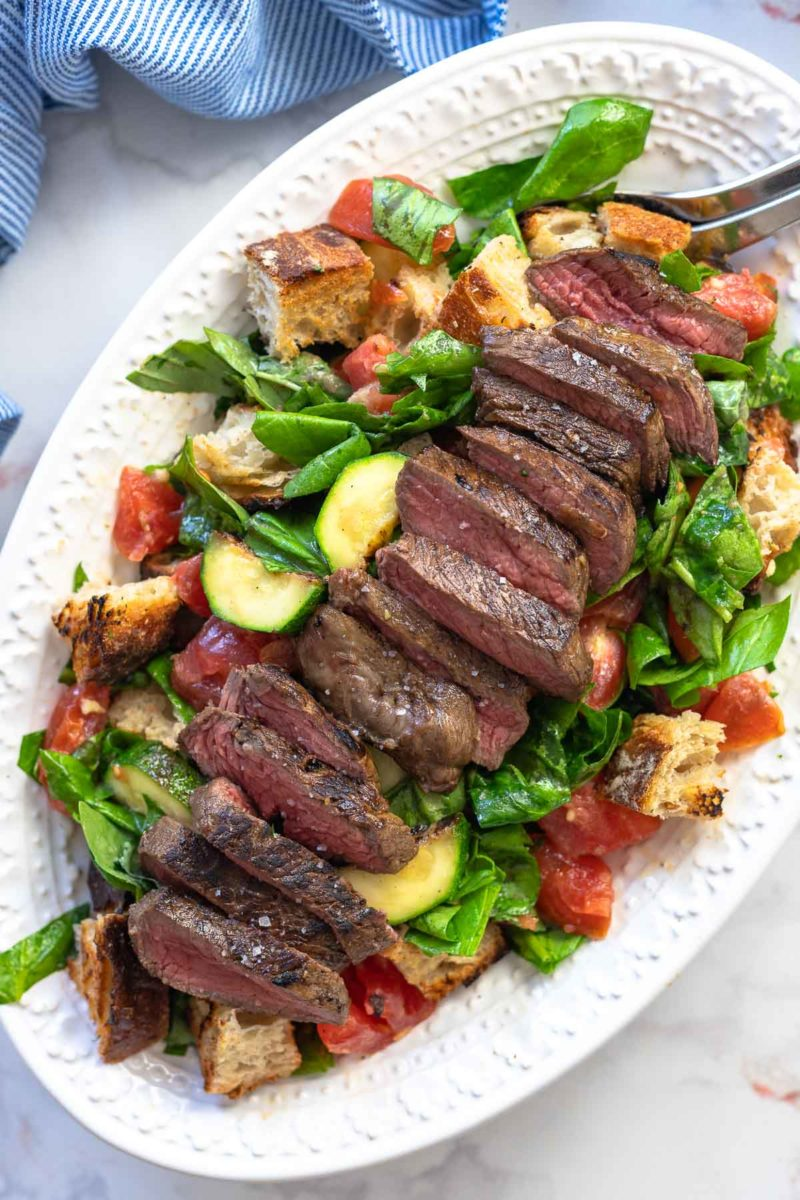 Panzanella mit Steak (Tomaten-Brotsalat) Rezept