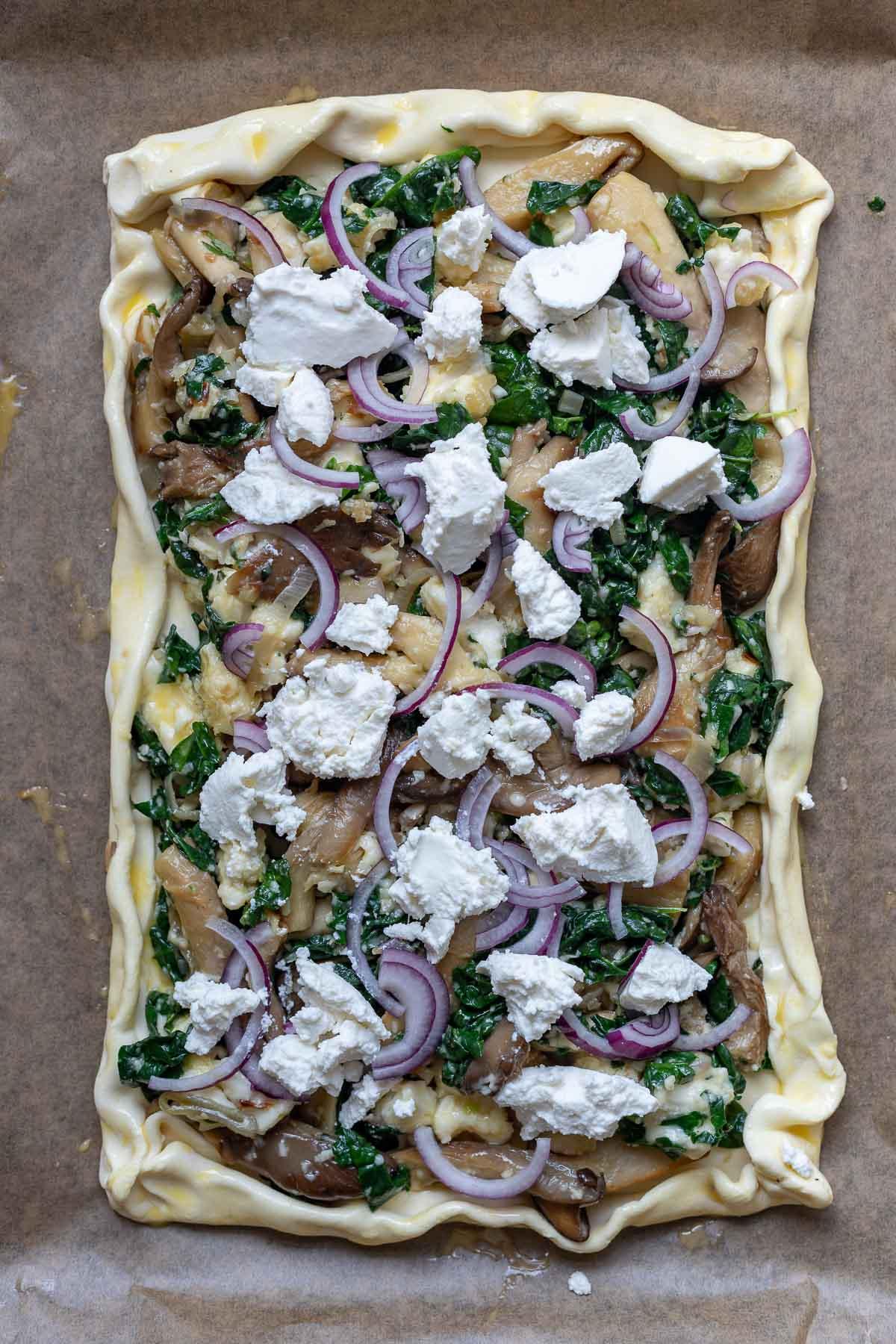 Blätterteig-Tarte mit Pilzen