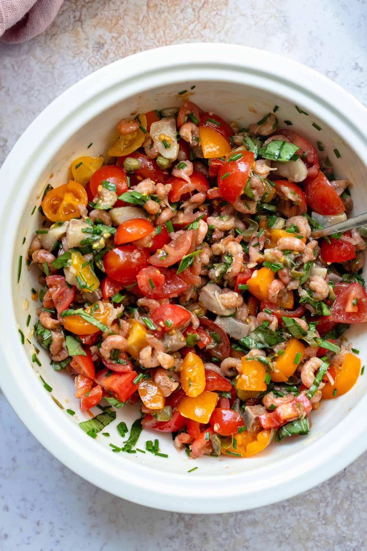 Nordseekrabben und Matjes Tomaten Mischung