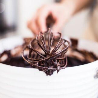 Veganes Backen, Schokoladenteig mit Rührbesen