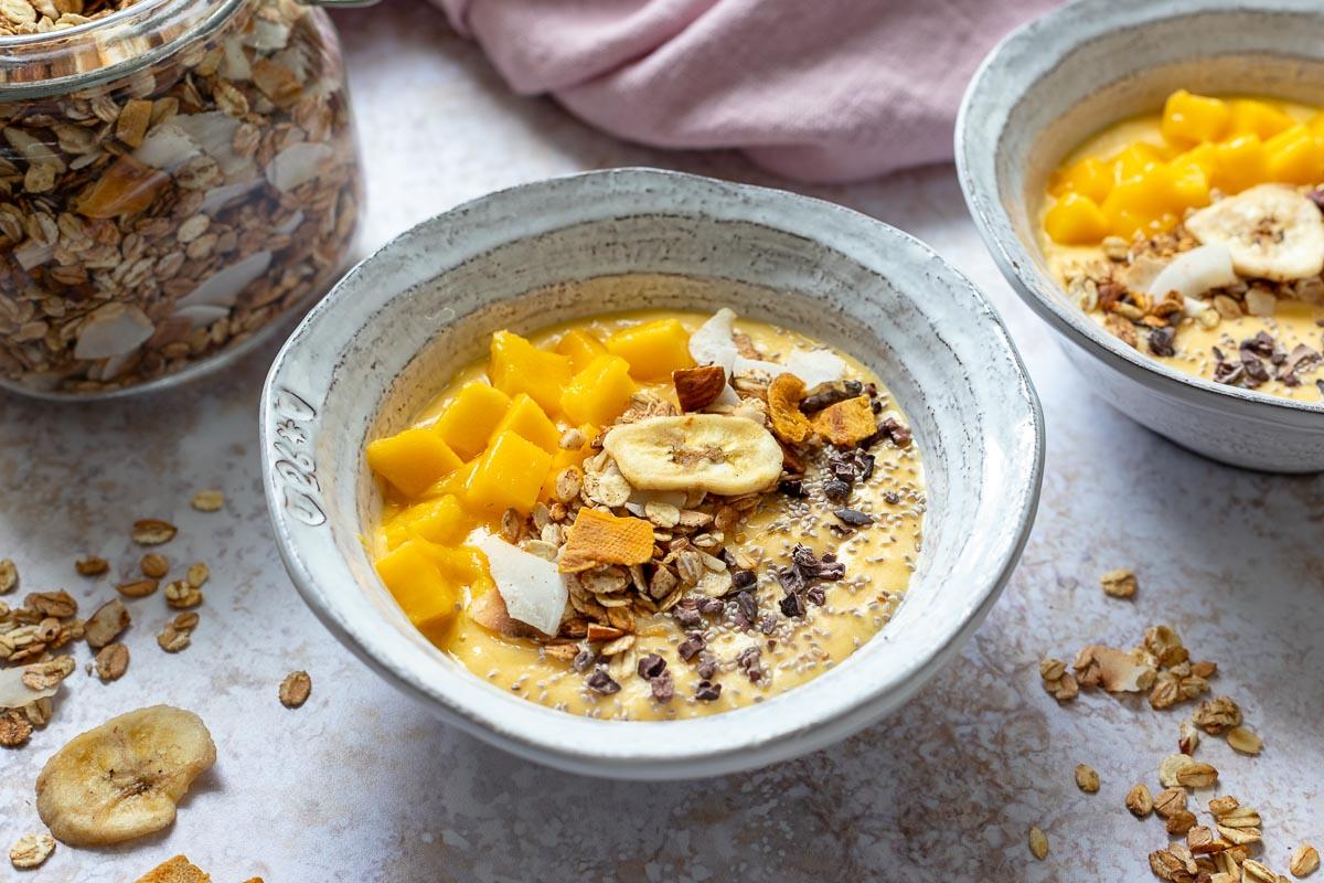 Schnelles Granola (Mango-Bananen-Kokos-Granola)
