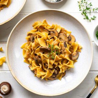 Pilz-Stroganoff - Cremige Champignon-Sauce mit Pasta Rezept