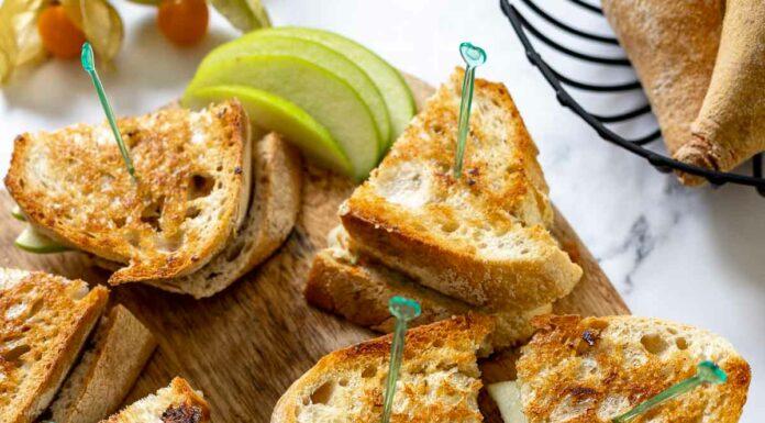 GegrillterKäse-Sandwich mit Brie, Apfel & Honig-Senf (Grilled Cheese Sandwich)