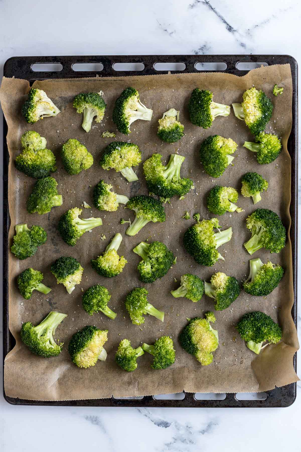 Brokkoli Röschen auf Backblech